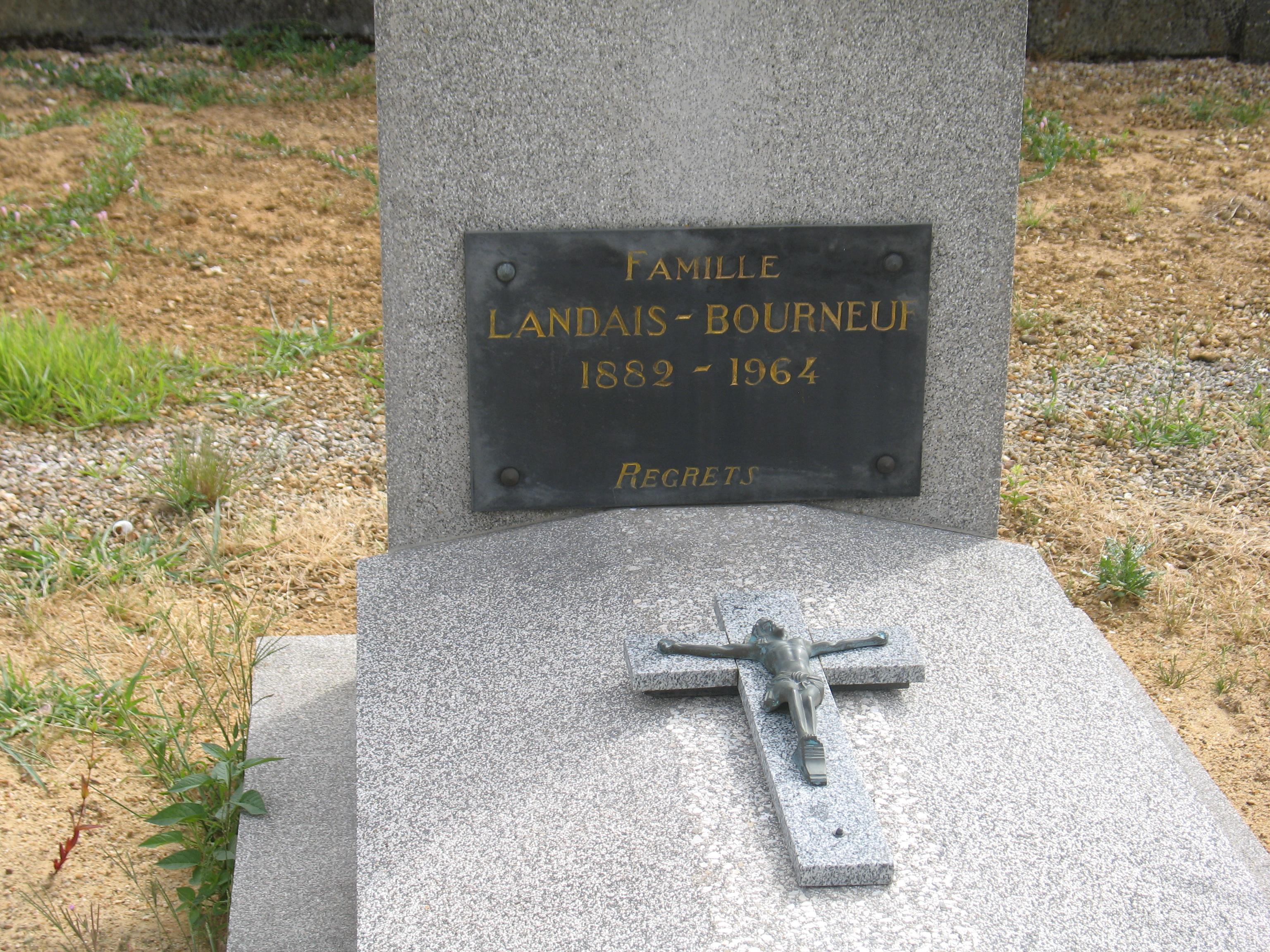 Chemiré en Charnie - Cimetière - Famille LANDAIS-BOURNEUF 02 (Sylvie Leveau)