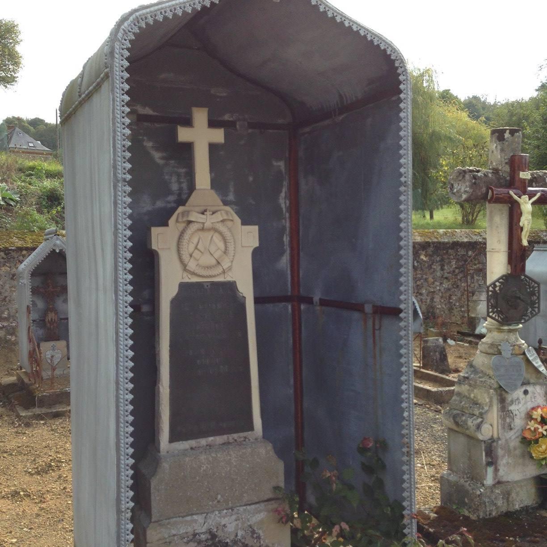 Courdemanche - Cimetière - NAIL Louis, décédé à l'âge de 80 ans - NAIL Henri, son fils, décédé à l'âge de 53 ans (Virginie Laure)