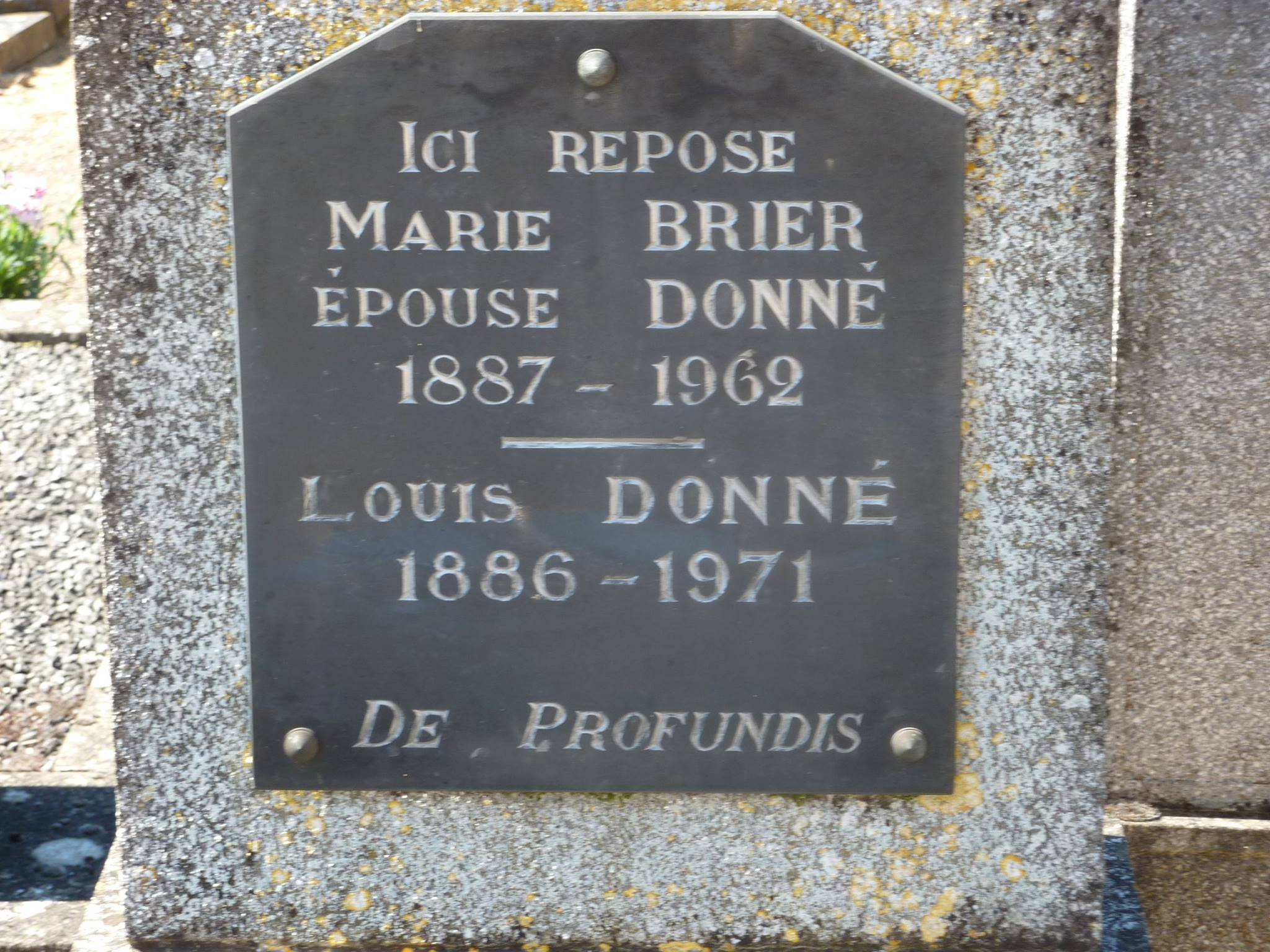 Mareil sur Loir - Cimetière - DONNE Louis et BRIER Marie 02 (Loïc Prémartin)