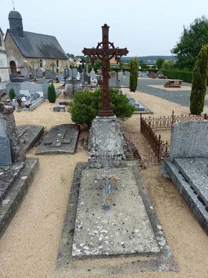 Mareil sur Loir - Cimetière - Famille VALLET-LEMERCIER - VALLET Auguste et LEMERCIER Julie 01 (Loïc Prémartin)