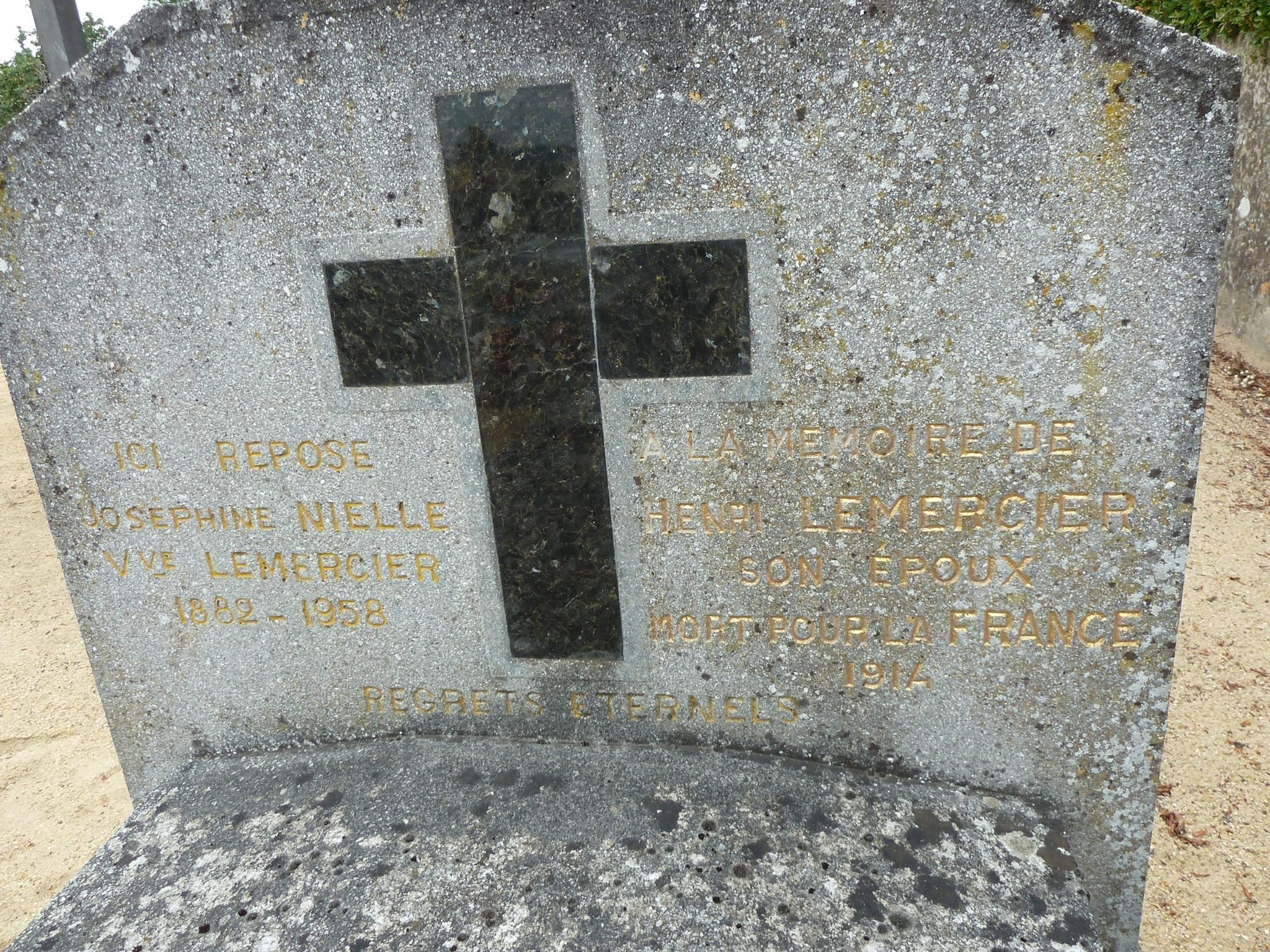 Mareil sur Loir - Cimetière - LEMERCIER Henri et NIELLE Joséphine 02 (Loïc Prémartin)