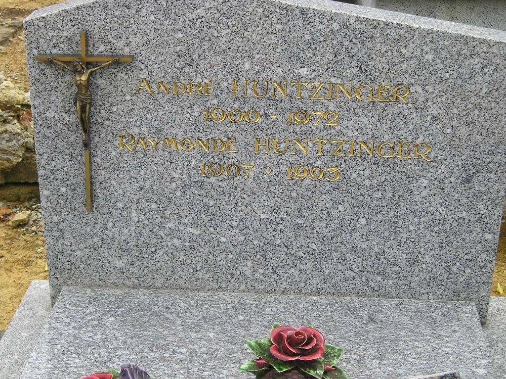 Semur en Vallon - Cimetière - Famille HUNTZINGER André et Raymonde (Michel Rogerie)