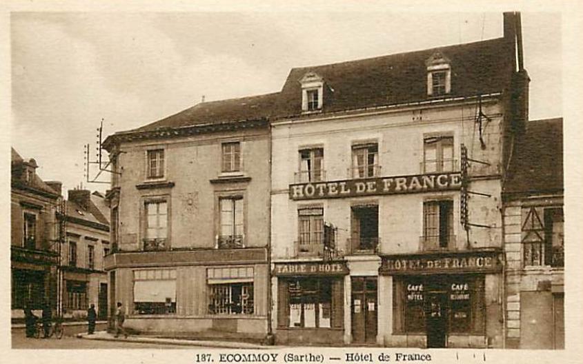 Ecommoy - Hôtel de France