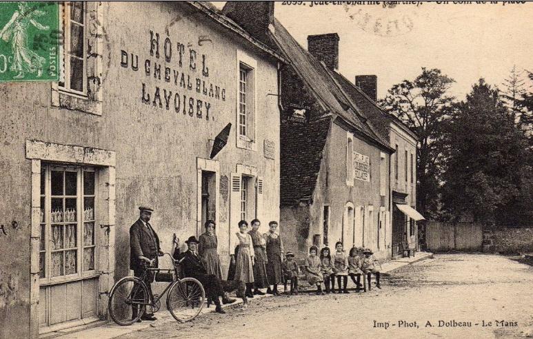 Joué en Charnie - Hôtel du cheval blanc - LAVOISEY