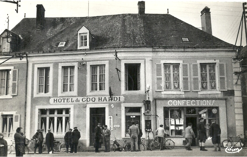Tuffé - Hôtel du Coq Hardi