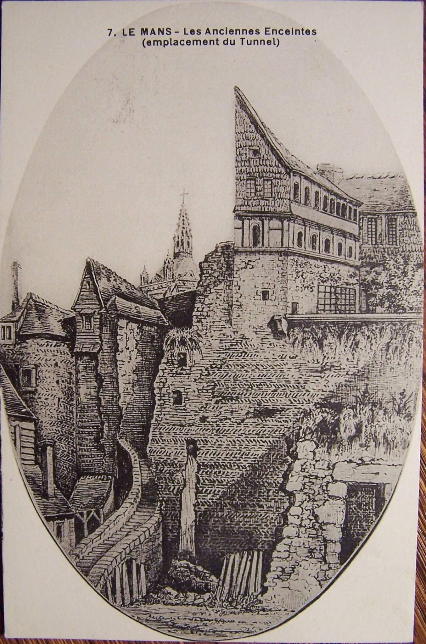 Le Vieux Mans - L'enceinte romaine - Les Anciennes Enceintes (emplacement du Tunnel) 02