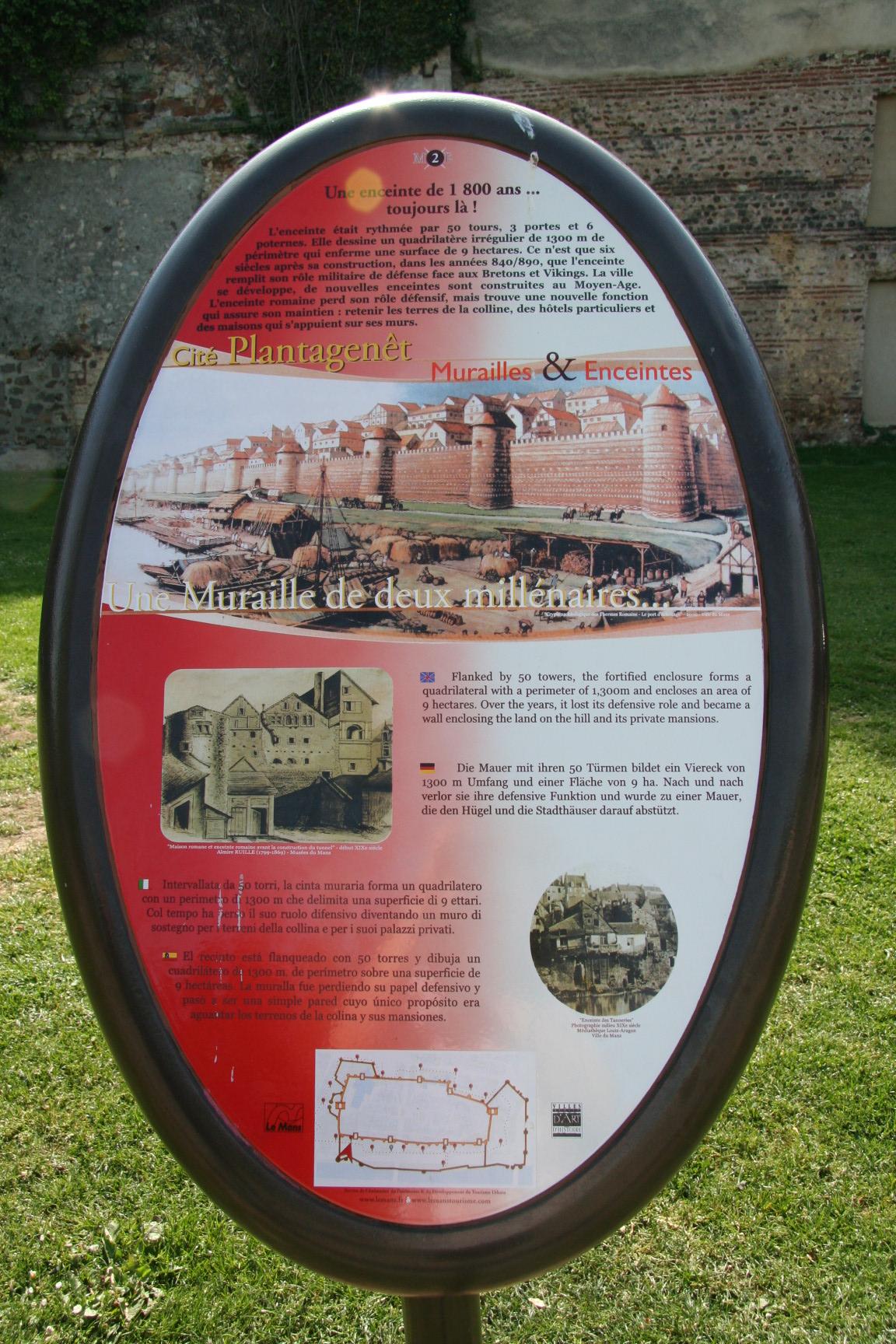 Le Vieux Mans en 2010 - L'enceinte romaine - Muraille 18 - Une Muraille de deux millénaires (Sylvie Leveau)