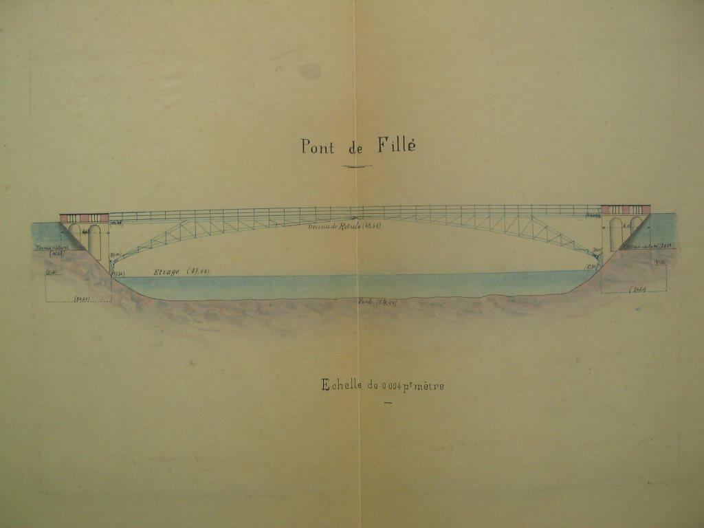 Fillé - Le pont Harel de la Noë datant de la fin du XIXème siècle - Cette forme de pont a la particularité de ne pas avoir de piles dans la rivière (Philippe Gondard)