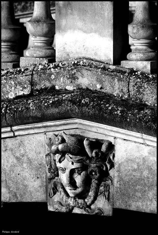 Malicorne sur Sarthe - Détail du pont du château (Philippe Gondard)