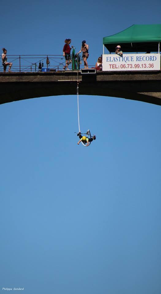 Saint Georges le Gaultier - On vous attend - Viaduc de 1913 sur la Vaudelle avec 150 mètres de long et 33 mètres de haut (Philippe Gondard)