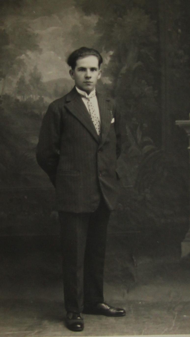 Bonnétable - Portraits - BOULAY Eugène, Alexandre époux DREUX Juliette, Joséphine - Mon grand père - Vers 1930 (Sylvie Leveau)