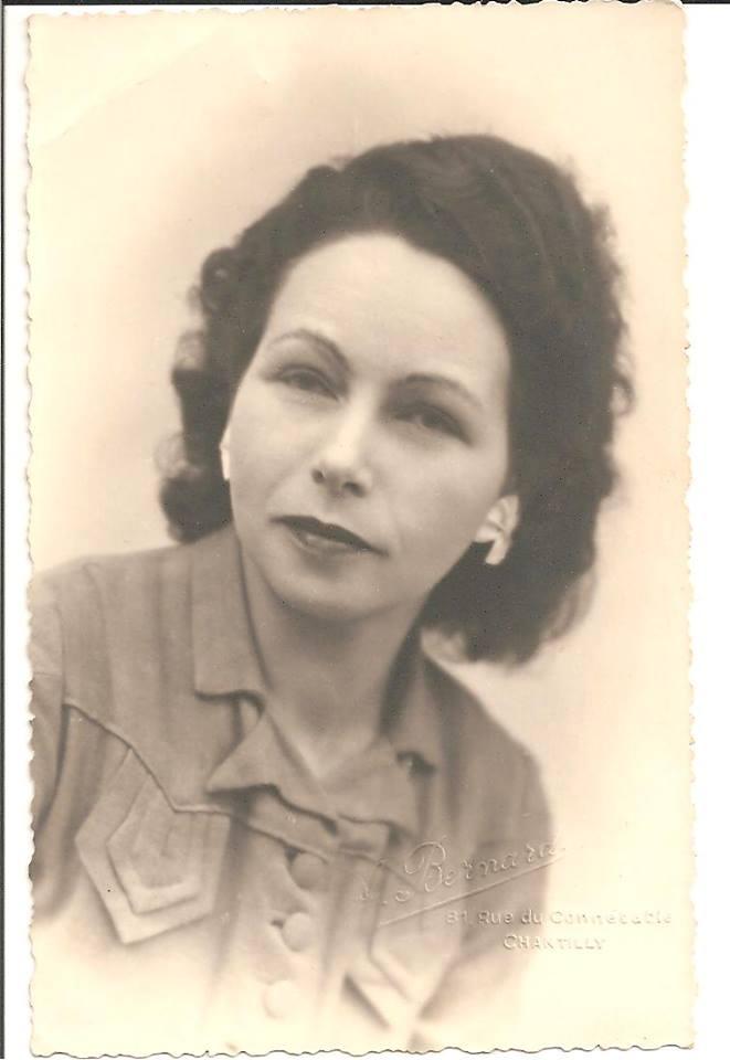 Portraits - DESALAY Léone - Ma grand mère (Sabrina Charles)