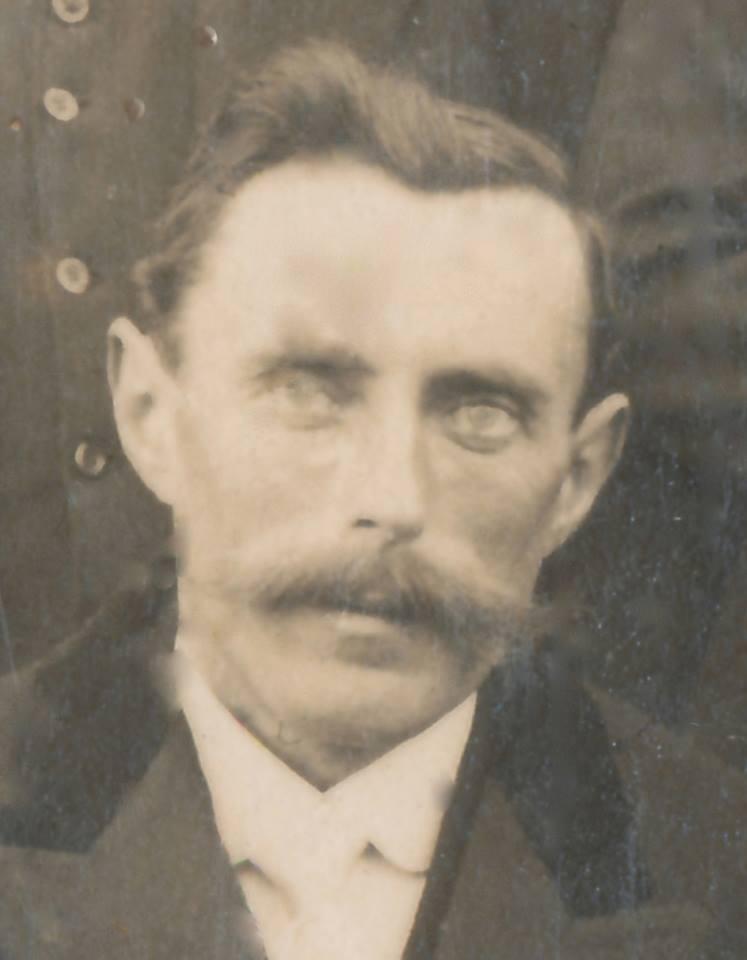 Portraits - LANDAIS Victor époux NERDEUX Yvonne - Mon grand oncle - 1921 (Sylvie Leveau)