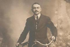 Portraits - DESALAY Edouard - Mon arrière grand père (Sabrina Charles)