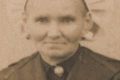 Portraits - Inconnue - Photo prise lors du mariage LANDAIS-NERDEUX en 1921 à Chemiré en Charnie (Sylvie Leveau)