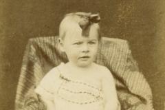 Portraits - Inconnue - Photo trouvée dans un album de famille AUBIER-PELTIER d'après le vendeur 02 (Sylvie Leveau - Delcampe)