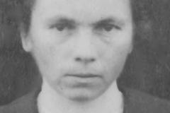 Portraits - NERDEUX Yvonne épouse LANDAIS Victor - Ma grande tante - 1921 (Sylvie Leveau)