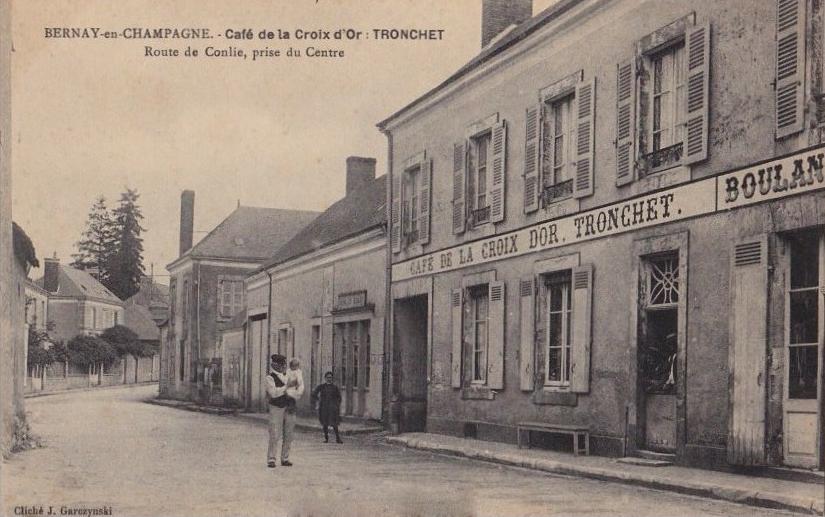 Bernay en Champagne - Commerce - Café de la Croix d'Or - TRONCHET - Route de Conlie, prise du Centre