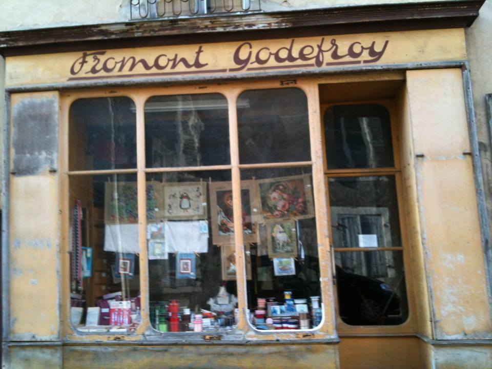 La Flèche - Commerce - Mercerie Melle GODEFROY - Devenue par la suite FROMONT GODEFROY (Loïc Prémartin)