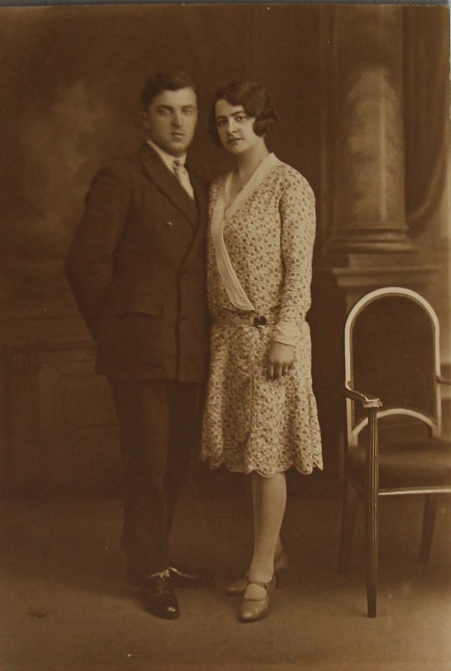 Couples et familles - LEVEAU Gustave, Louis et DORE Berthe, Marie - Mes grands parents - Vers 1930 (Sylvie Leveau)