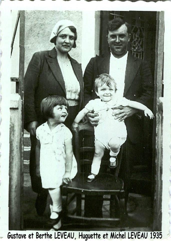 Couples et familles - LEVEAU Gustave, Louis et DORE Berthe, Marie, les parents - Huguette et Michel, deux de leurs enfants - Mes grands parents, ma tante et mon père - 1935 (Sylvie Leveau)