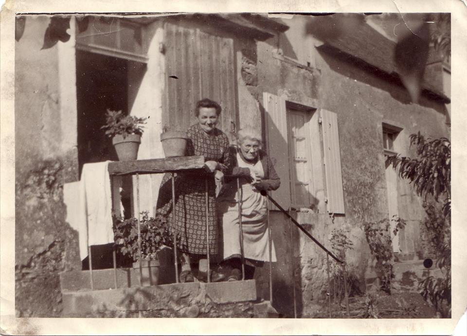 Rouessé Vassé - Couples et familles - PELTIER Augustine épouse DESALAY Edouard, mon AGM - CHATELAIN Marie épouse PELTIER Victor, mon AAGM (Sabrina Charles)