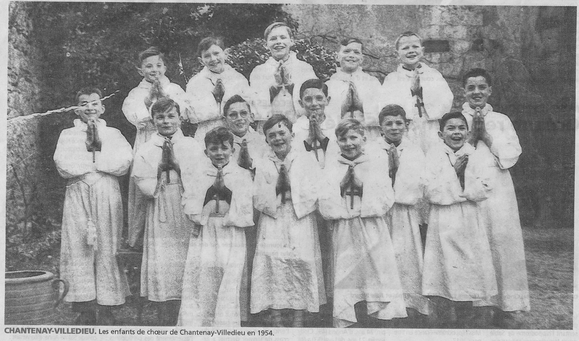 Chantenay Villedieu - Groupes - Loisirs et sports - Les enfants de choeur - 1954