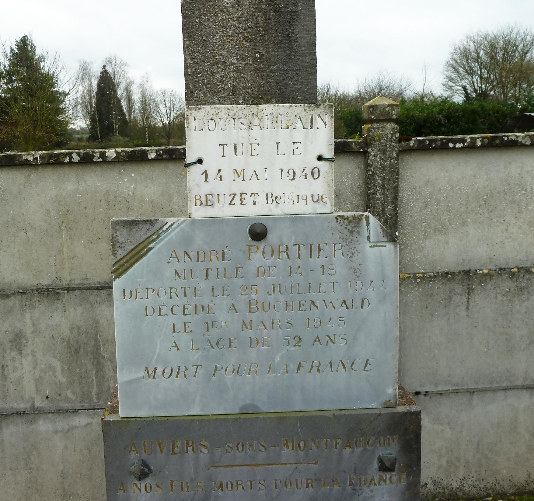 Auvers sous Montfaucon - Monument commémoratif - A nos fils morts pour la France 1914-1918 et 1939-1945 - Vue 02