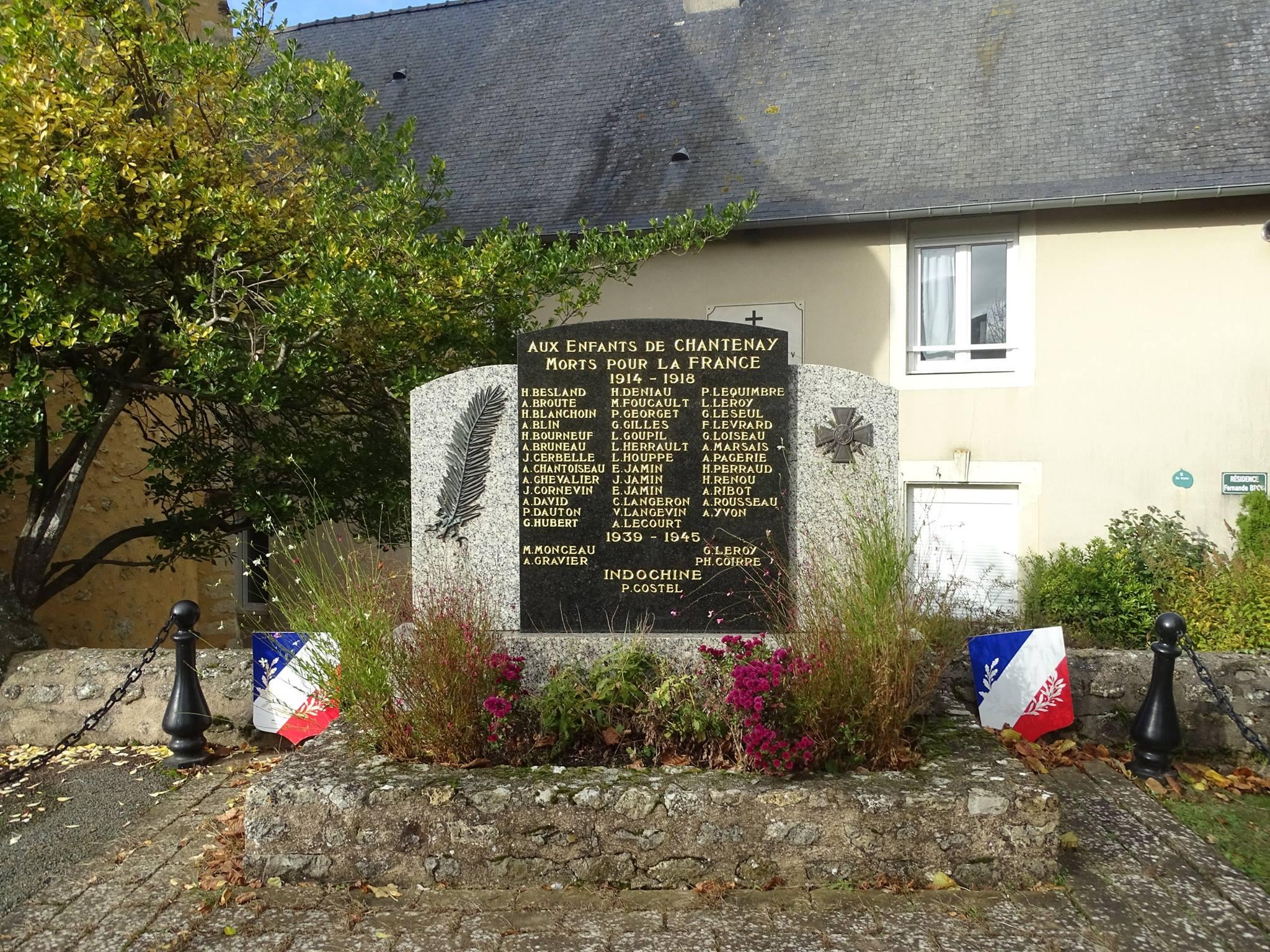 Chantenay Villedieu - Monument commémoratif - Aux enfants de Chantenay morts pour la France 1914-1918 - Vue 01 (Marie-Yvonne Mersanne)