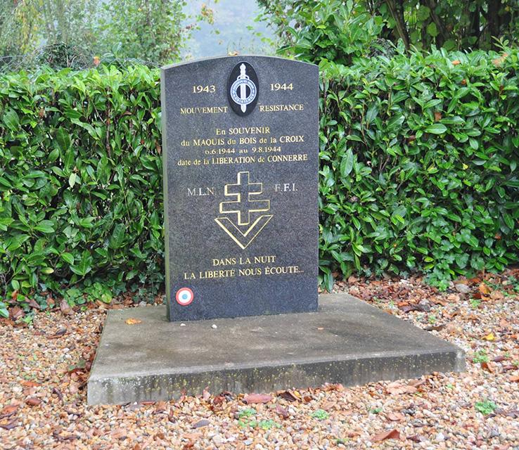Connerré - Monument commémoratif - En Souvenir du Maquis du Bois de la Croix 1943-1944 (Romain Christopher Guillaume Lépine)