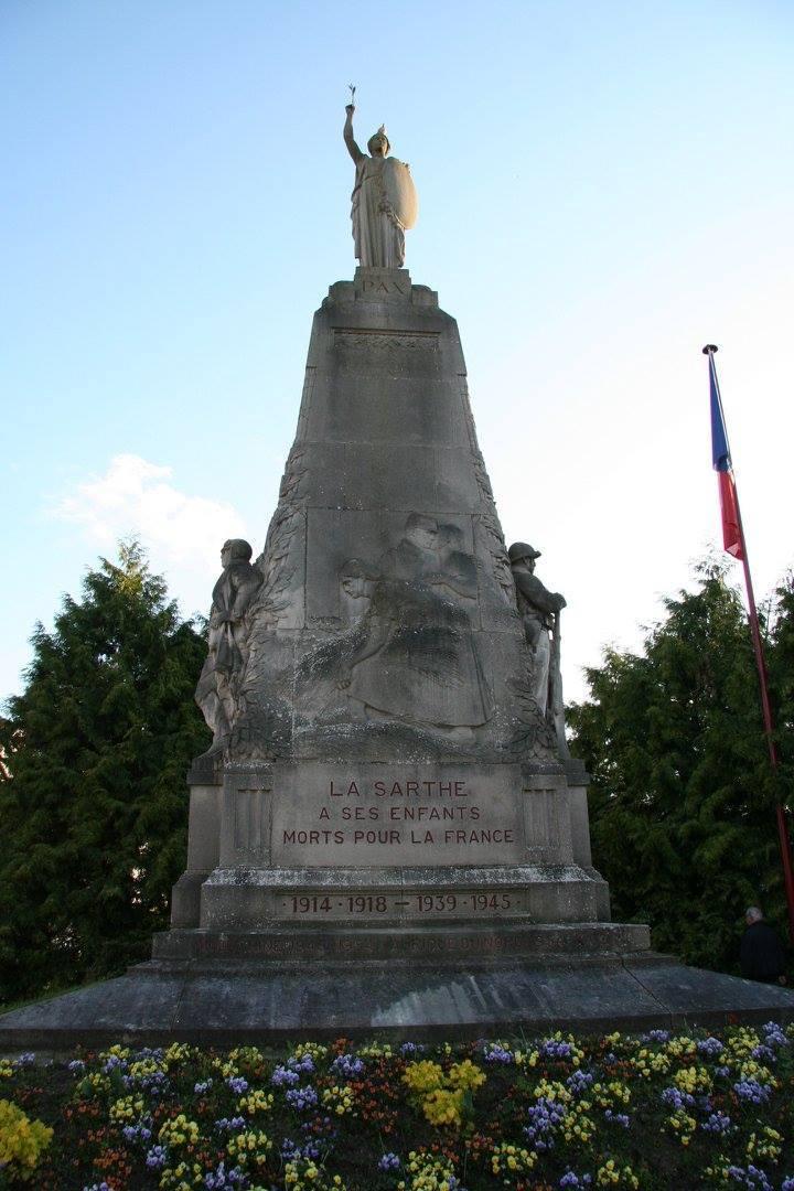 Le Mans - Monument commémoratif - La Sarthe à ses enfants morts pour la France 1914-1918 et 1939-1945 (Sylvie Leveau)