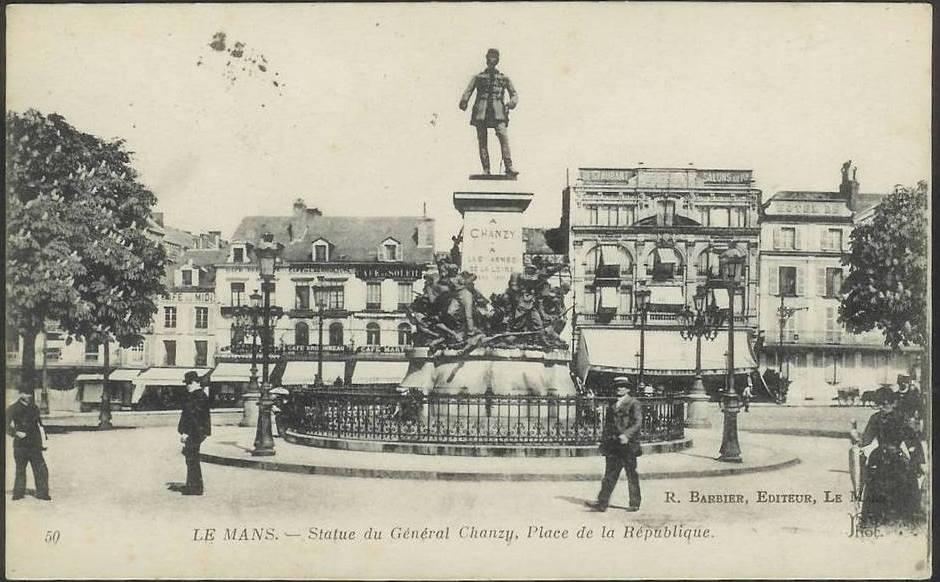 Le Mans - Statue - Statue du Général Chanzy, Place de la République