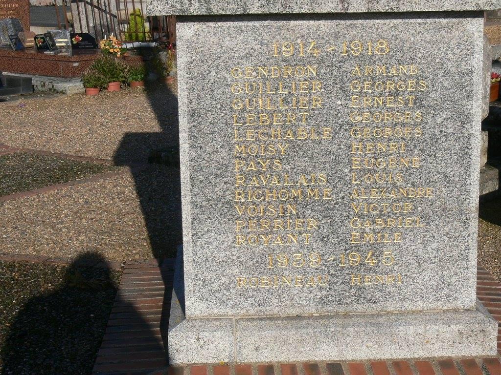 Luceau - Monument commémoratif - A la mémoire des enfants de Luceau morts pour la France 1914-1918 et 1939-1945 - Vue 04 (Chantale Vieux)