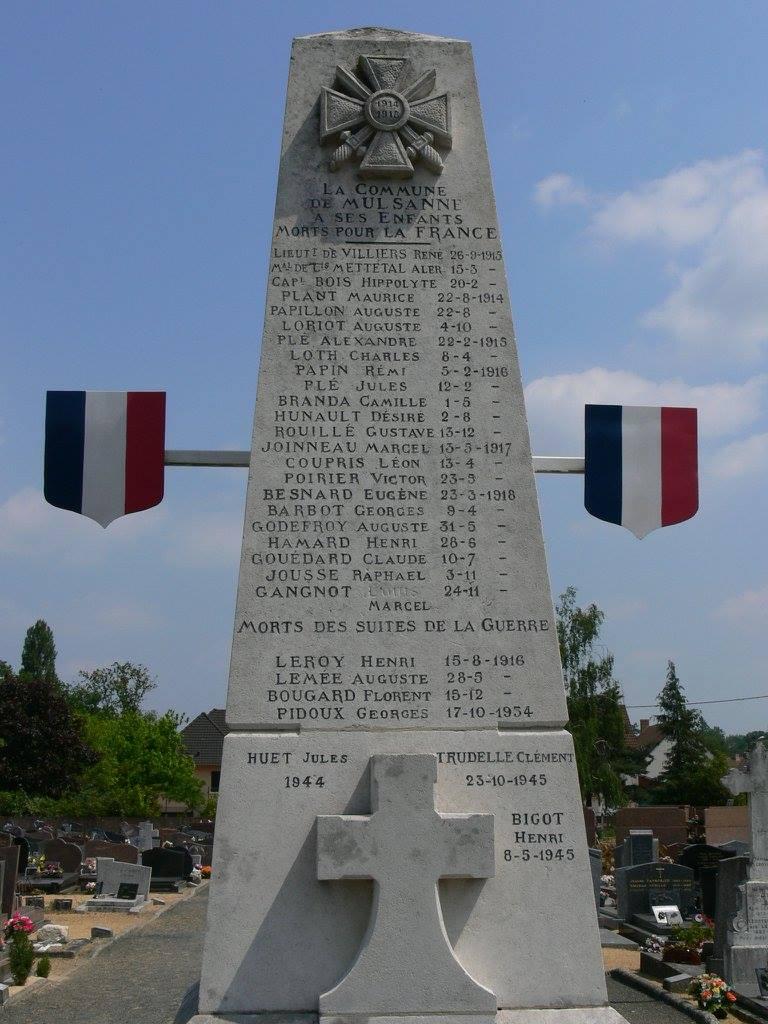 Mulsanne - Monument commémoratif - La commune de Mulsanne à ses enfants morts pour la France 1914-1918 et 1939-1945 (Chantale Vieux)