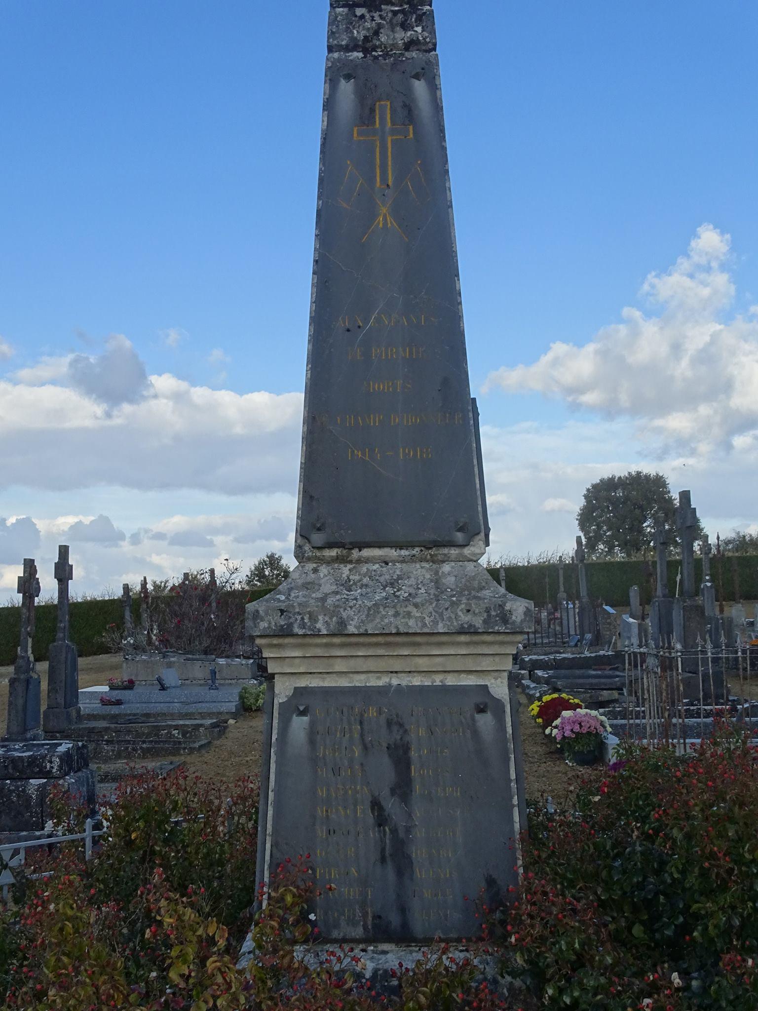 Pirmil - Monument commémoratif - Aux enfants de Pirmil morts au champ d'honneur 1914-1918 - Vue 01 (Marie-Yvonne Mersanne)