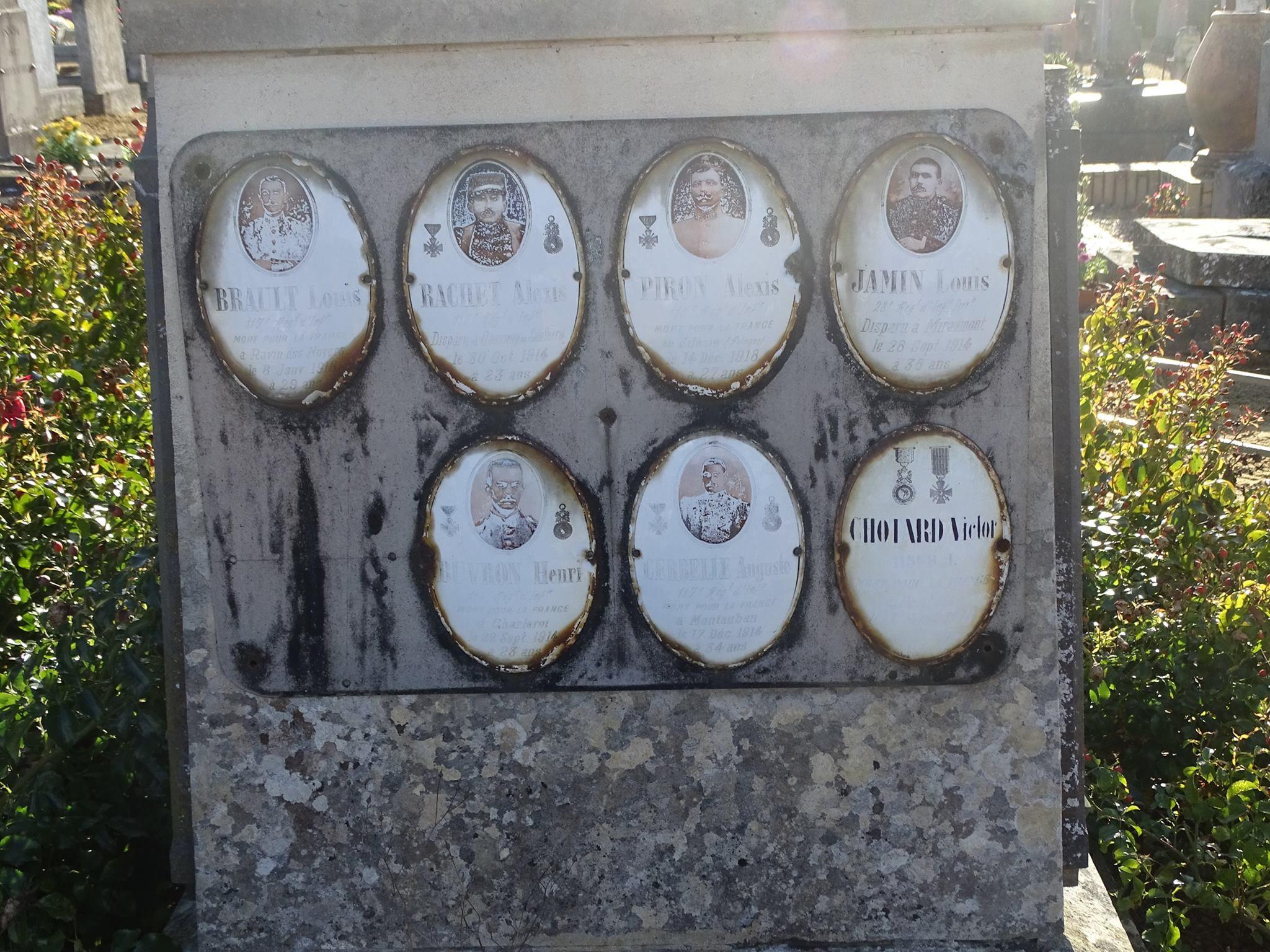 Pirmil - Monument commémoratif - Plaques émaillées - BRAULT Louis - RACHET Alexis - PIRON Alexis - JAMIN Louis - BUVRON Henri - CERBELLE Auguste - CHOTARD Victor (Marie-Yvonne Mersanne)