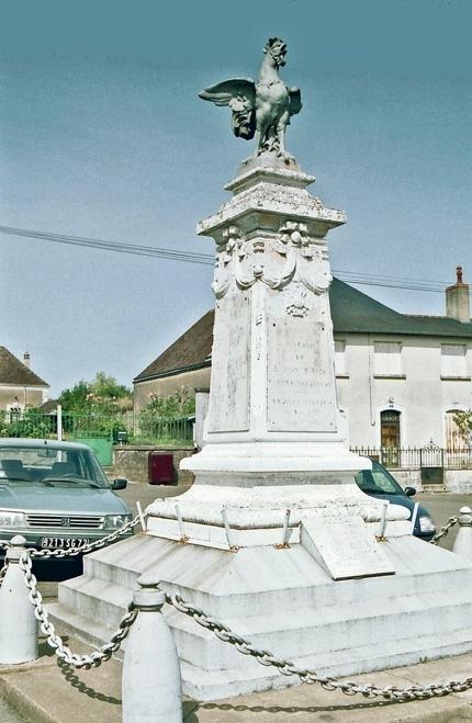 Saint Jean d'Assé - Monument commémoratif - Monument aux morts 1914-1918 (Archives départementales de la Sarthe, 2 O 296-7)