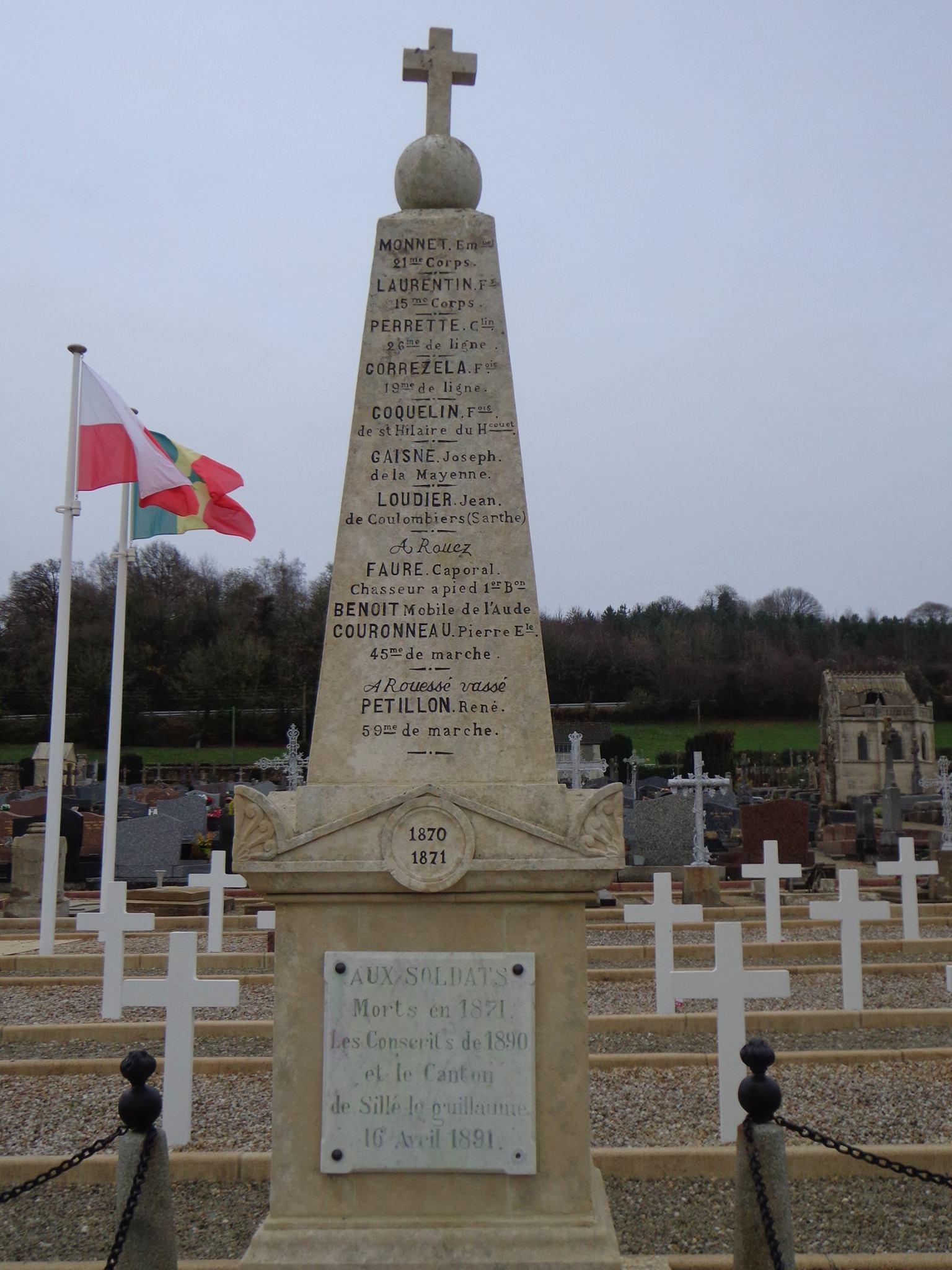 Sillé le Guillaume - Monument commémoratif - Monument aux morts - Vue 03 (Marie-Yvonne Mersanne)