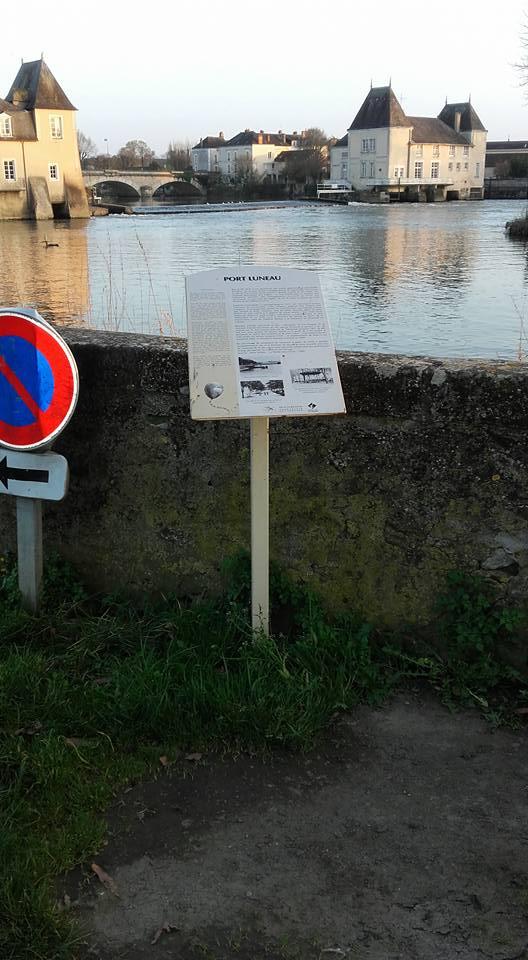 La Flèche - Port Luneau 01 (Michel Mimitontonparrain)